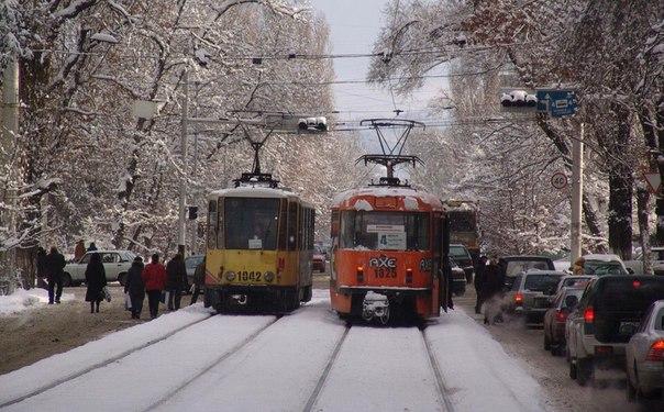 Шевченко угол ул.Кунаева, 2004 год.
