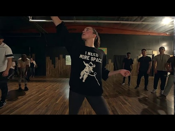 OLHA A EXPLOSAO MC Kevinho Dance ft Kaycee Rice