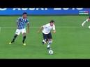 Caneta do Romero em cima do Jailson do Grêmio