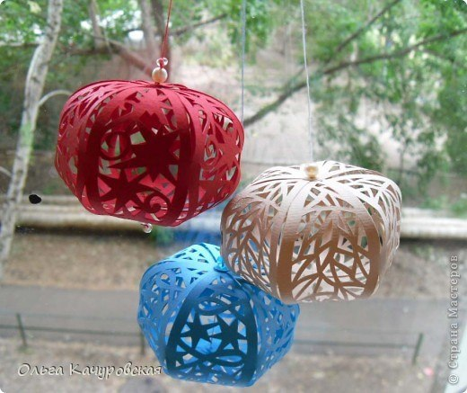 Новогодние шарики. Мастер-класс по вырезанию из бумаги…. (9 фото) - картинка