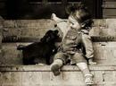 Он еще так мал, но уже знает, за кого он готов отдать свою жизнь…