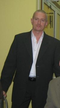 Юра Ежков, 25 апреля 1997, Киев, id218371428