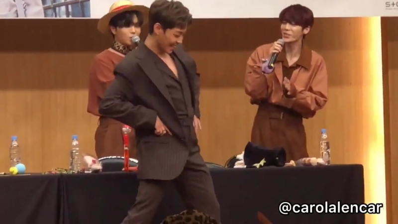 181013 The Rose Fansign - Woosung dancing to Rain's Love Song - - and killing all of us, I wasn't expecting that - - therose 더로즈