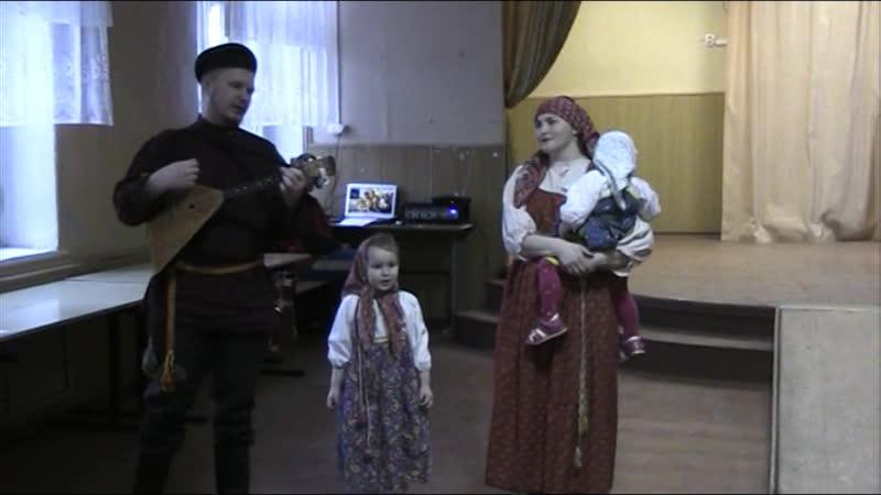 Семейный фольклорно этнографический ансамбль СВИТЛИЦА ТУЧКИ ТЁМНЫ