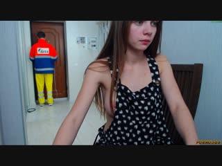 300 фуллов _ молоденькая телка мутит домашний секс с другом перед веб-камерой