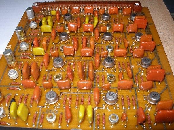 микросхемы, резисторы,