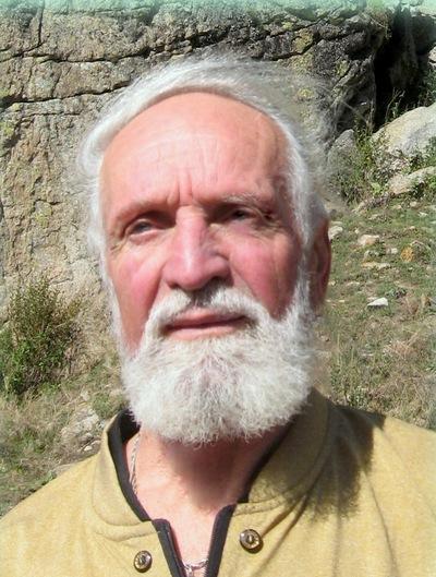 Леонид Щенников