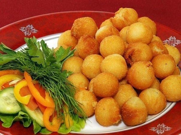 Картофельные шарики для гарниров  Ингредиенты: -