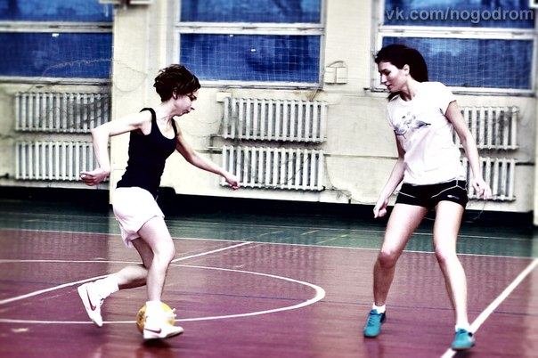 Где поиграть в мини-футбол в зале в Москве