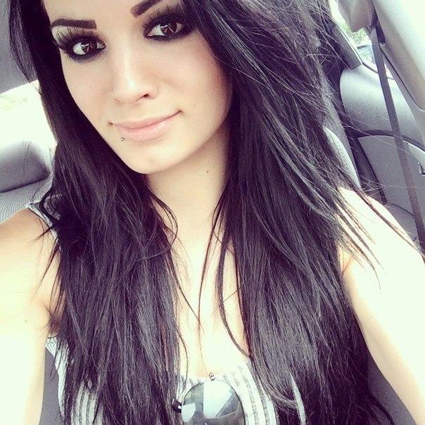 Paige-Britani-Knight Anti-Diwa-Wwe | VK
