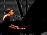 Vienna Teng - Idioteque (Radiohead cover - Live at Bimhuis in Amsterdam, the Netherlands)