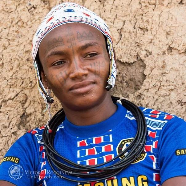 Бенин. Западная Африка История:Современный Бенин - древнее государство, образовавшееся в 15 в.Республика Бенин расположена на территории средневекового африканскогокоролевства Дагомея, столицей