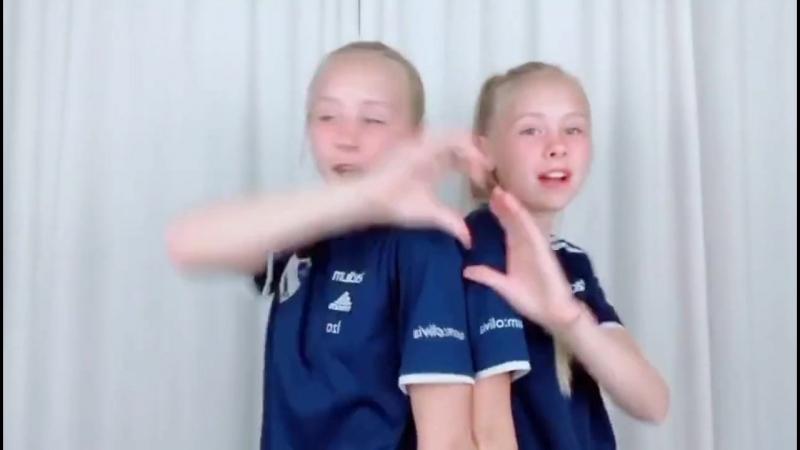 Iza and Elle 569vid (720p).mp4