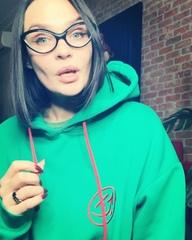 """Alena Vodonaeva on Instagram: """"Внимание! Мой аккаунт был взломан и с него распространялись ссылки на телеграм канал мошенников в котором ведутся п..."""