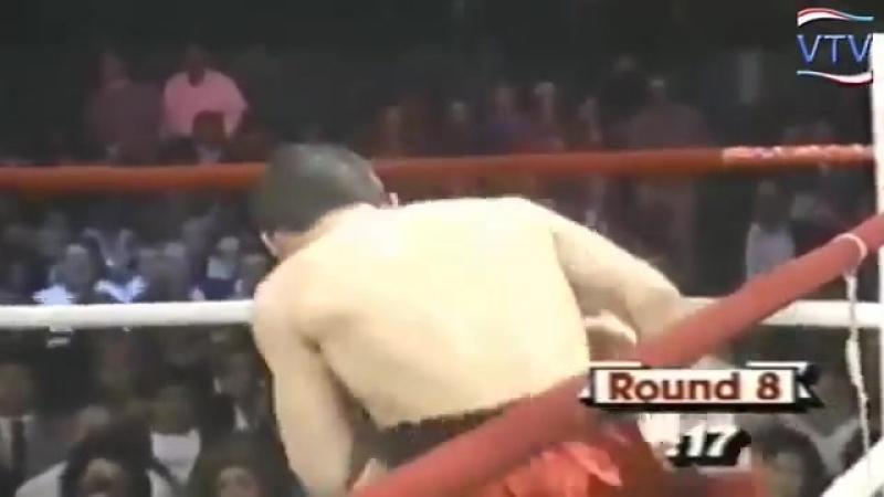 Cuando Chavez le quitó lo hablador a Edwin Rosario.mp4