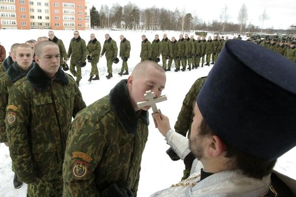Русская православная церковь призвала не делать из мальчиков девочек. Жаль, конечно, что ребята в рясах не читают наши паблики