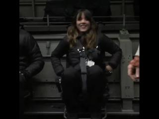 Хлоя на съемочной площадке второго сезона Агентов Щ.И.Т.а