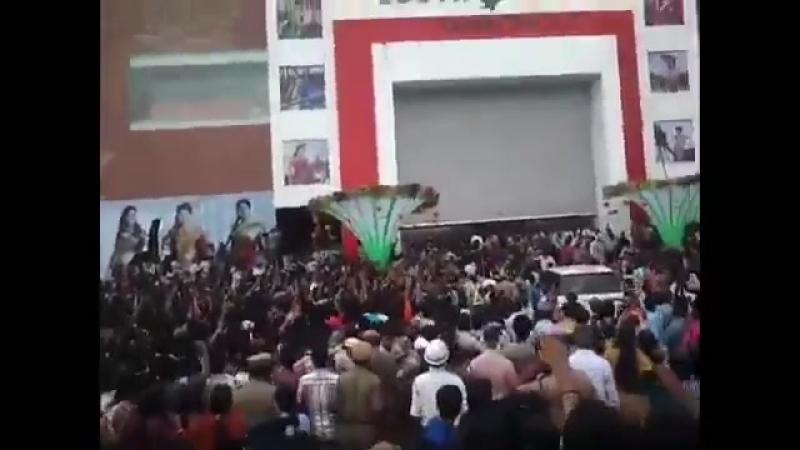 Zindabad zindabad ani vala arupuluWaiting to witness it again SuperstarMAHESHBdayIn25D @urstrulyMahesh