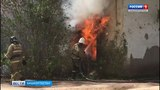 В Уфе горит жилой дом