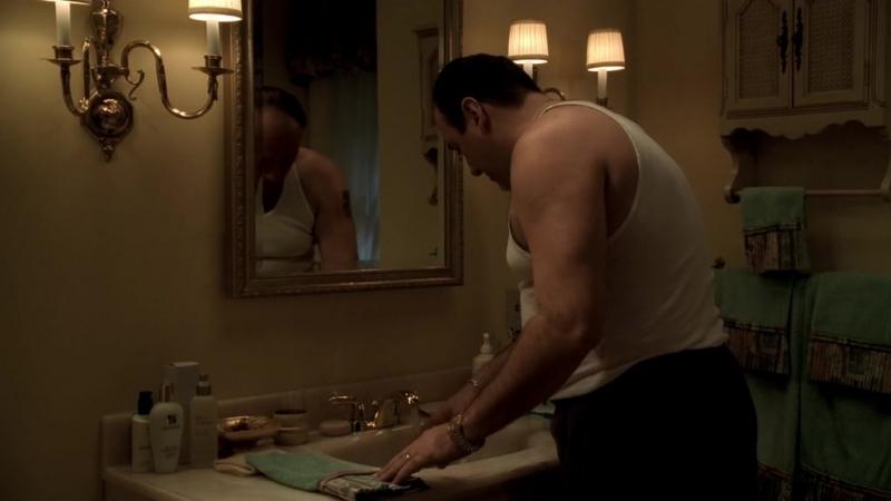 (Клан Сопрано S04E08_08) Тони облил Кармелу холодной водой