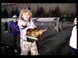 1990г. молодой санбой на красной площади поёт ракенрол