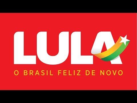 Fernando Haddad, candidato à vice na chapa de Lula, fala com a Rádio Guaíba, do Rio Grande do Sul