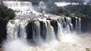 275 водопадов на реке Игуасу (граница Бразилии и Аргентины)