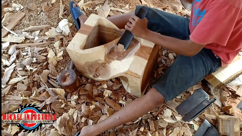 MAKING A TWISTED STOOL. AMAZING SKILL