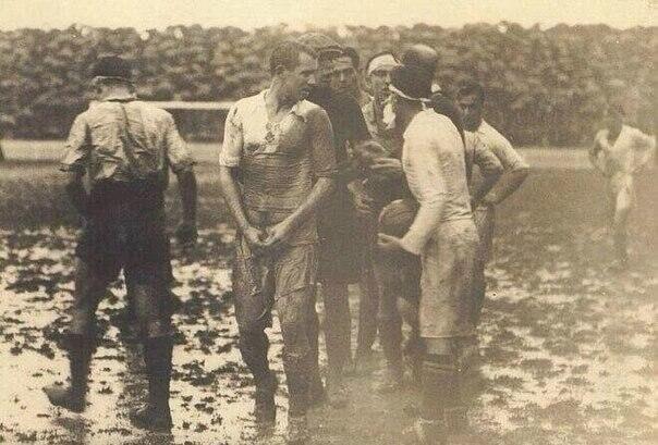 Первый матч между «Реалом» и «Барселоной», Испания, 1929 год.