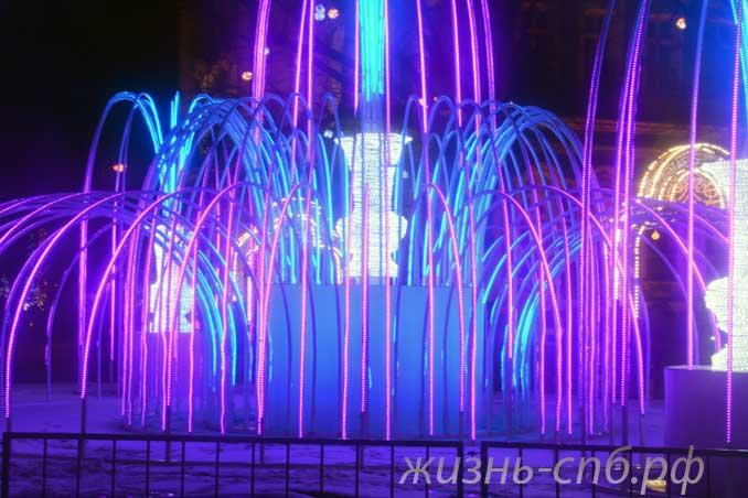 Световой фонтан Зимний дворец