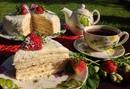Слоеный творожно-сметанный торт
