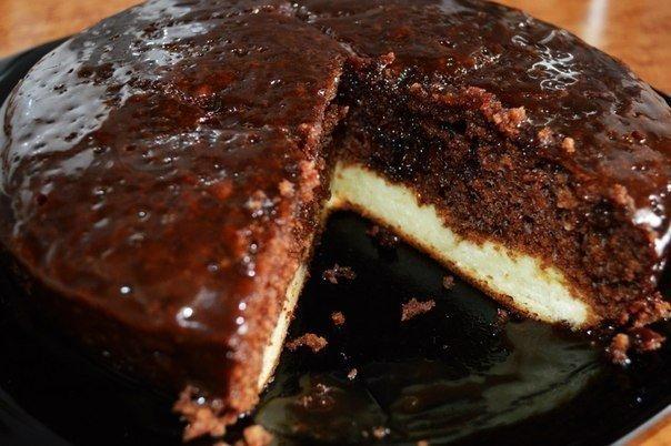 """""""Шоколадный пирог с нежным творожным дном (в мультиварке)"""""""