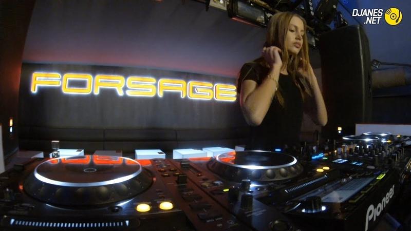 DJanes.net - Best female dj playing Progressive house, Techno music