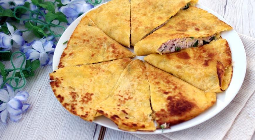 Кесадилья с ветчиной и сыром Ингредиенты: Тортилья — 4 шт.