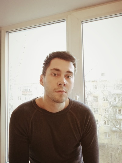 Олег Золотарёв