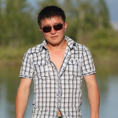 Влад Манжеев