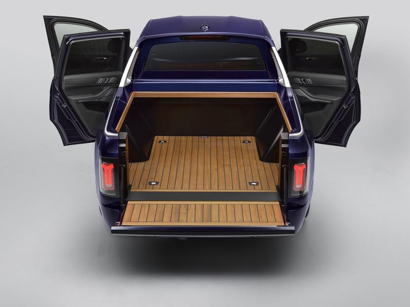 Концепт пикапа BMW X7 как транспорт для мотоцикла