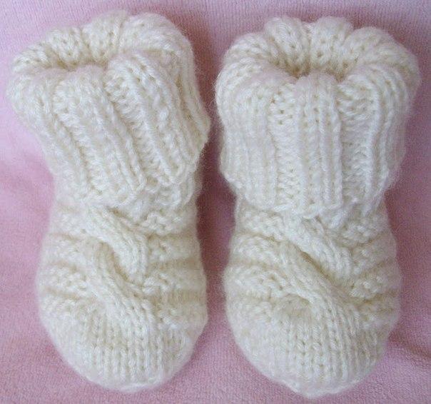 Вязать детские носочки