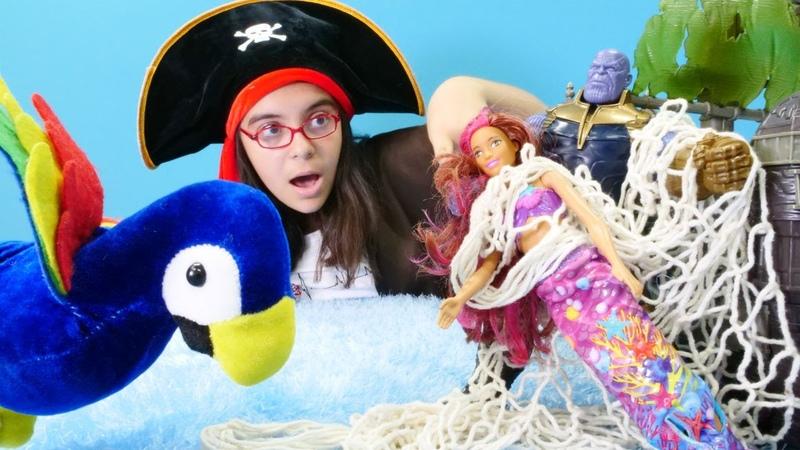 Barbie ve kız oyunları. Korsan denizkızını kaçırıyor!
