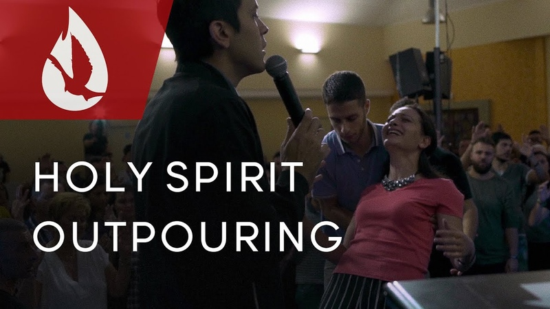 Holy Spirit Outpouring in Italy | David Diga Hernandez