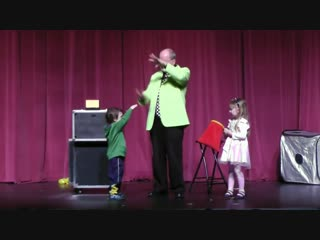 Funny Magic Trick from AbraKIDabra! Magician Childrens Entertainer Peter Mennie