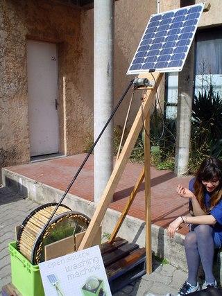 самодельная солнечная зарядка телефона