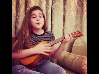 Дочка Алсу поет свою песню на английском