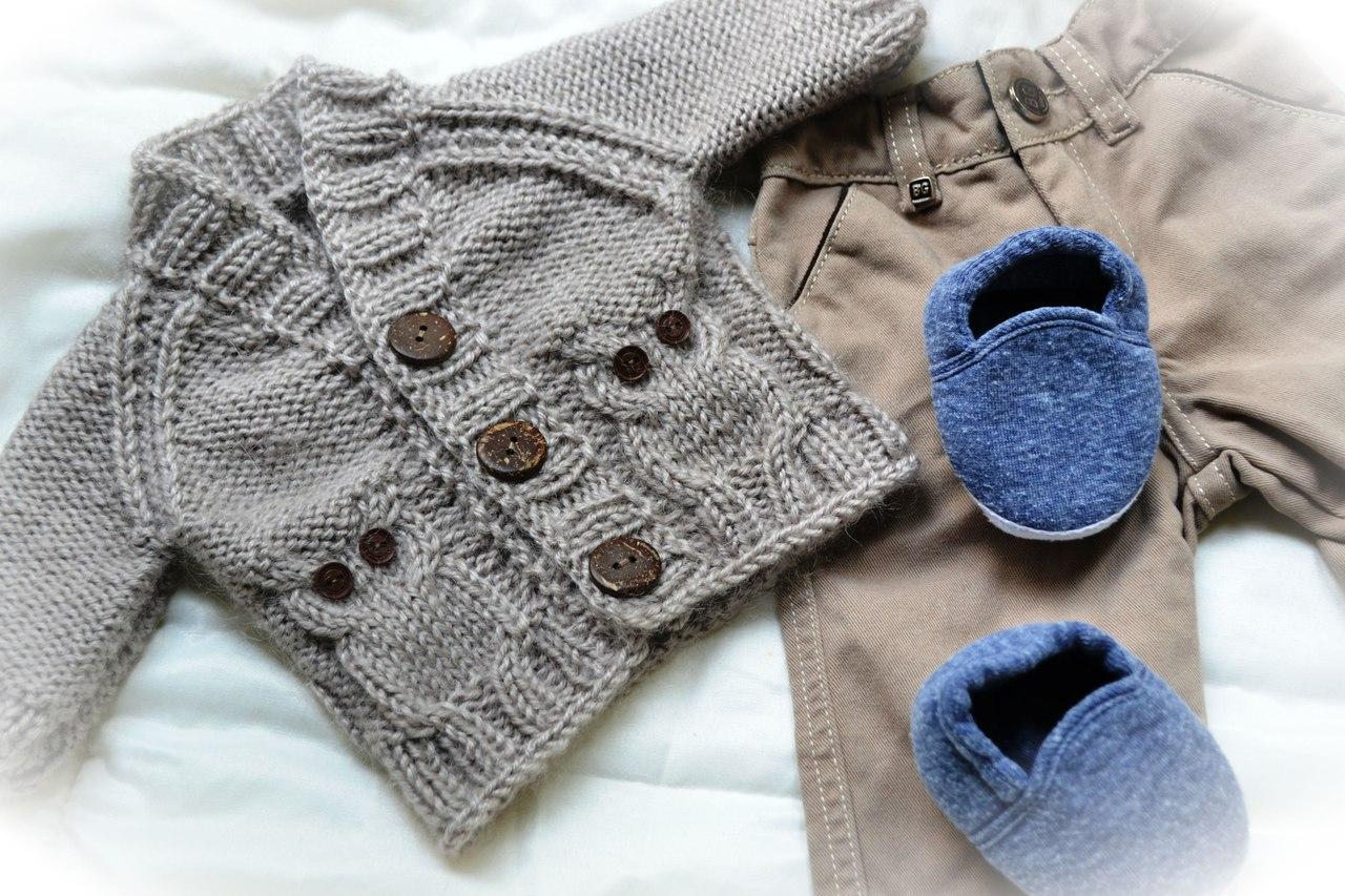Какая одежда для новорожденных нужна зимой, весной, летом и