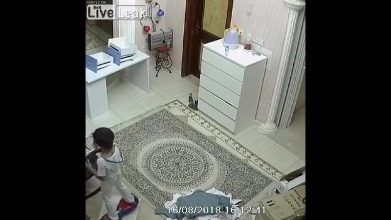 Взрыв аккумулятора в гироскутере
