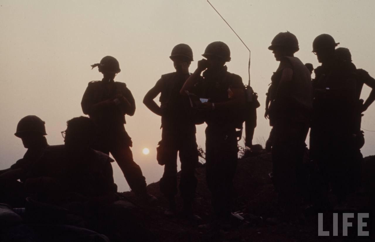 guerre du vietnam - Page 2 Q72i9rRddDA