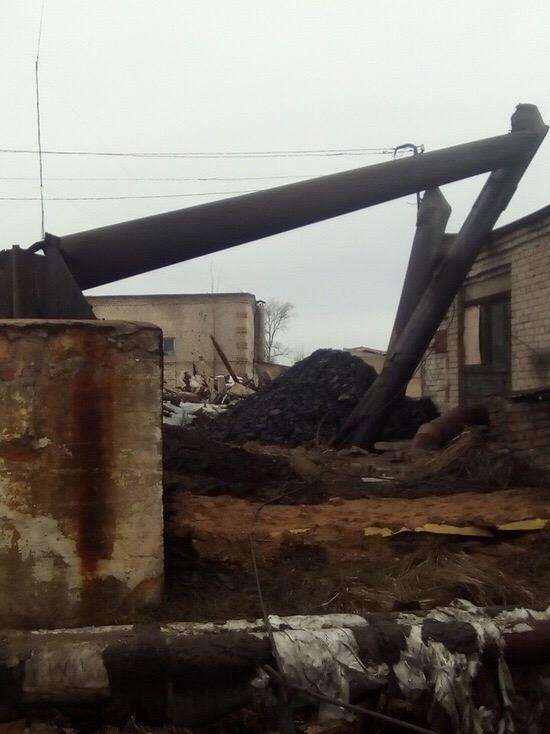 Труба котельной обрушилась в Тверской области.