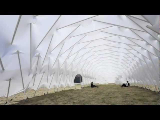 新建築2011年7月号「MOOM Tensegritic membrance structure」