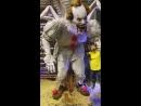 Жуткая аниматронная модель клоуна Пеннивайза из фильма Оно