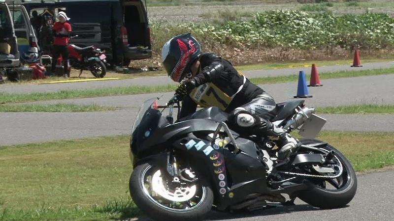 2018 9 2 Dunlop Ehime Moto Gymkhana B 67 Tom 選手 CBR600RR h 1 h 2 × 0.3